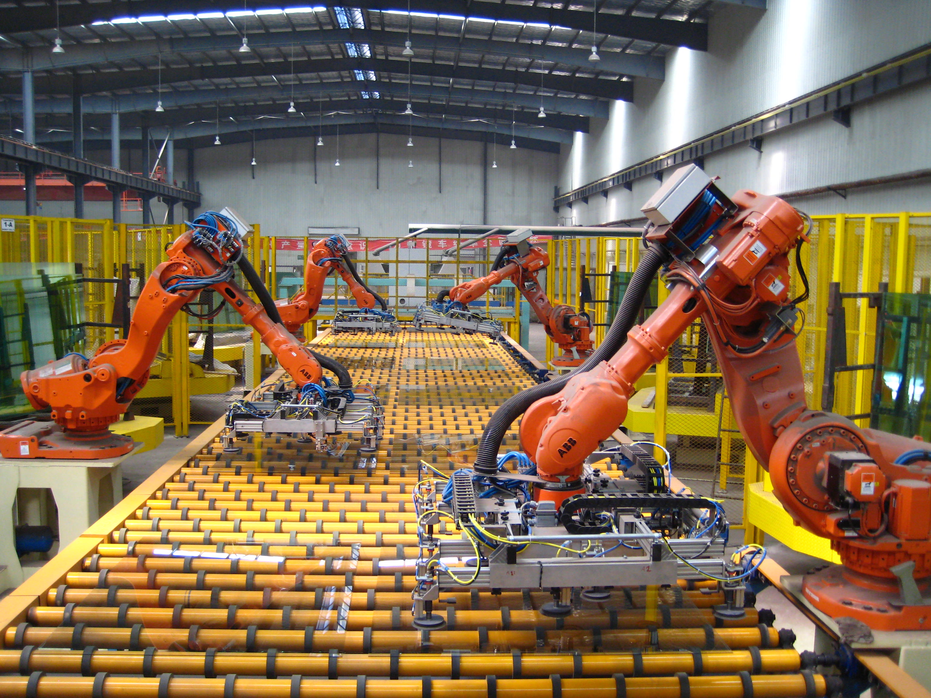 5 Ways Robotics is Changing Manufacturing